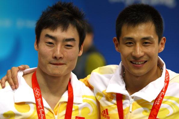 图文-男双3米扳王峰/秦凯夺得金牌 两人如此兴奋