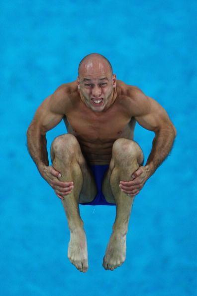 图文-周吕鑫火亮晋级10米台半决赛 表情很夸张