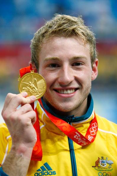 图文-奥运会男子10米跳台决赛 微笑展示金镶玉