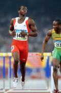 图文-田径男子110米栏半决赛 罗伯斯挺进决赛