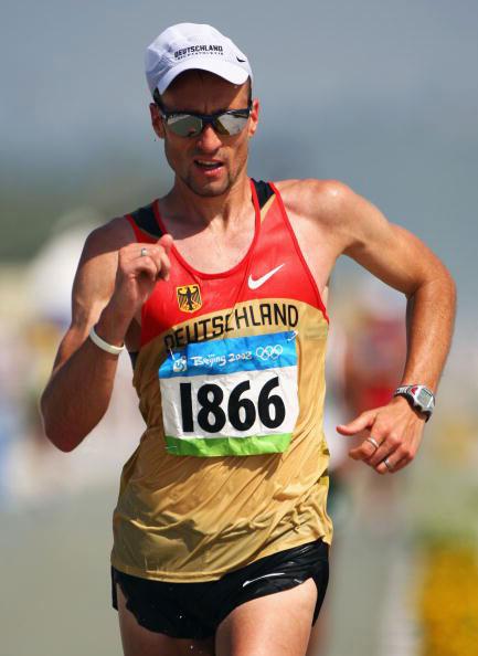 图文-田径男子20公里竞走决赛 德国人安德烈霍恩