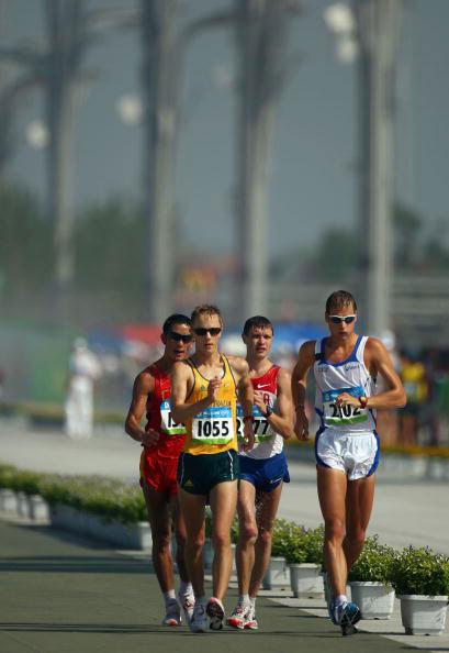 图文-田径男子20公里竞走决赛 最后的四人集团