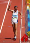 图文-田径男子20公里竞走决赛 边哭边庆祝夺冠
