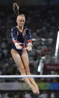 图文-体操女子高低杠决赛 柳金实现银牌