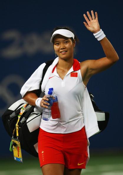 图文-女网首轮李娜成功晋级 战胜劲敌骄傲的离场