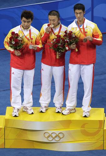 图文-乒乓球男子单打决赛 中国乒乓三兄弟