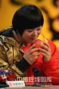 图文-举重冠军刘春红做客冠军面对面 平平安安度过