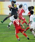 图文-[奥运会]女足朝鲜1-0尼日利亚 德德赛中扑救