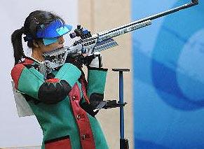 杜丽夺得50米步枪三姿金牌