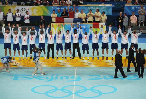 图文-[奥运]男子手球决赛 法国队享受至高荣耀