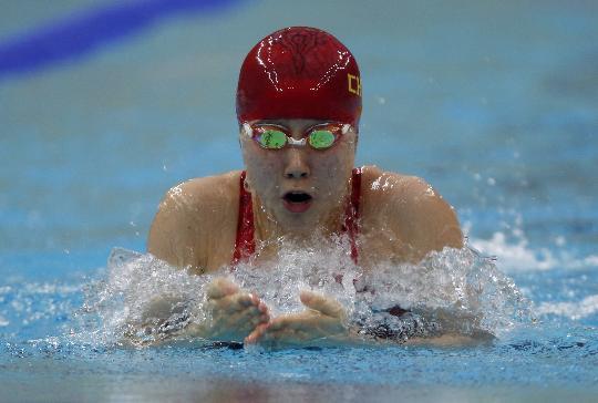 图文-孙晔晋级女子100米蛙泳决赛 水中蛙人