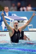 图文-奥运会男子50米自由泳决赛 他快跃出泳池
