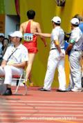 图文-刘翔因伤退出110米栏预赛 刘翔退出了比赛