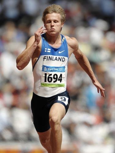 图文-奥运会男子200米预赛 芬兰选手大步向前