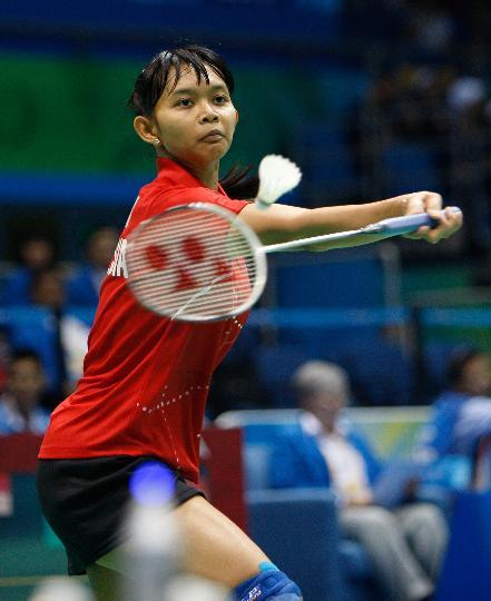 图文-羽毛球比赛开赛 印尼选手尤利安蒂战胜申克