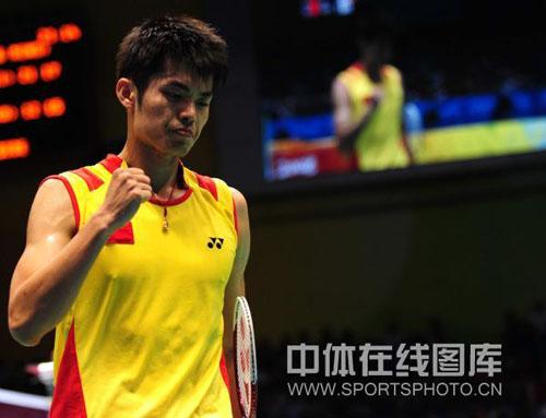 图文-林丹完胜挺进男单决赛 超级丹轻取对手