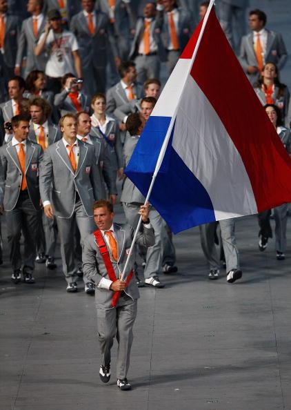 图文-开幕式入场仪式 新西兰代表团的旗手德里斯达尔