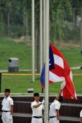 图文-各国代表团举行升旗仪式 波多黎各代表团升旗