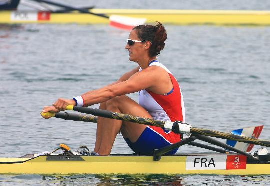 图文-女子单人双桨预赛赛况 法国选手巴尔马里