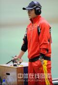 图文-男子50米手枪慢射决赛 谭宗亮向冠军冲击