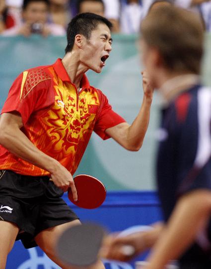 图文-乒乓球男单王励勤晋级八强 王励勤越战越勇