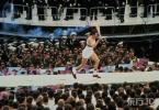 图文-第22届莫斯科奥运会开幕式 运动员跑上火炬台