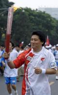 图文-奥运圣火北京首日传递