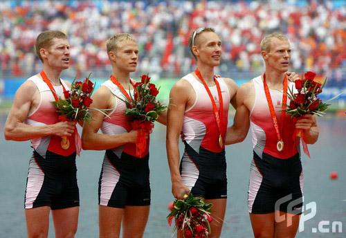 图文-[奥运]赛艇男子四人单桨 丹麦小伙夺得金牌