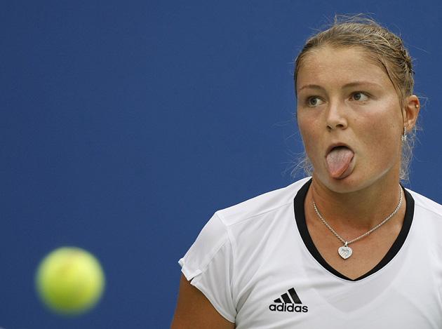 图文-奥运会网球比赛精彩瞬间回顾 调皮的吐舌头