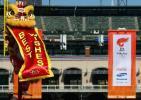 图文-北京奥运圣火在旧金山传递 奥运旗帜当空飘