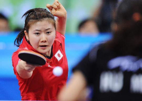 图文-奥运会乒乓球经典瞬间回顾 福原爱实力不俗