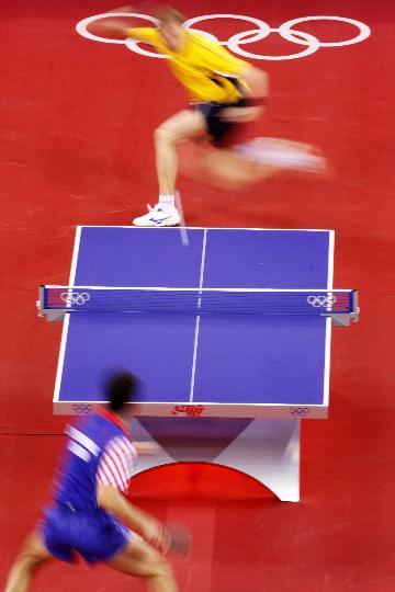 图文-奥运会乒乓球经典瞬间回顾 凌波微步出现