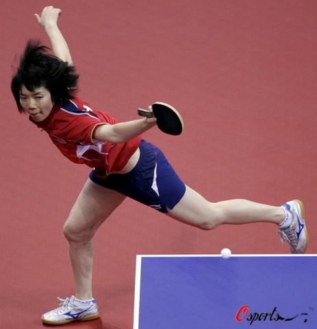 图文-奥运会乒乓球经典瞬间回顾 这个姿势很潇洒