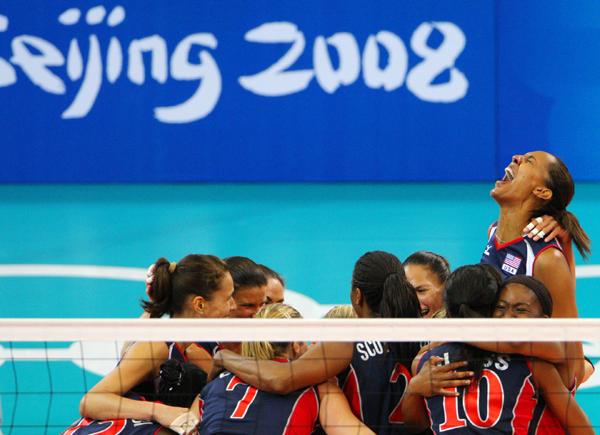 图文-女排半决赛美国3-0古巴 这是郎平带队的巅峰
