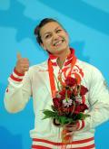 图文-[奥运]女子举重75公斤 耶夫斯基希娜庆祝