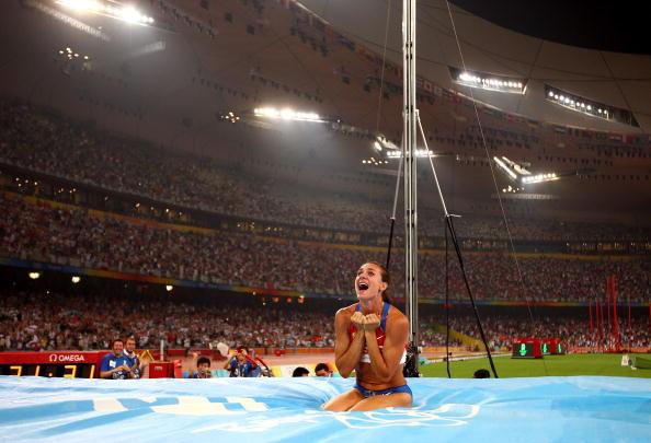 图文-奥运会女子撑杆跳决赛 伊辛巴耶娃成为焦点