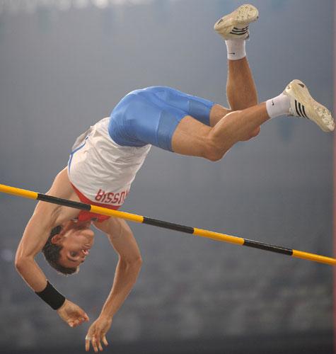 图文-男子撑杆跳高及格赛赛况 俄罗斯选手