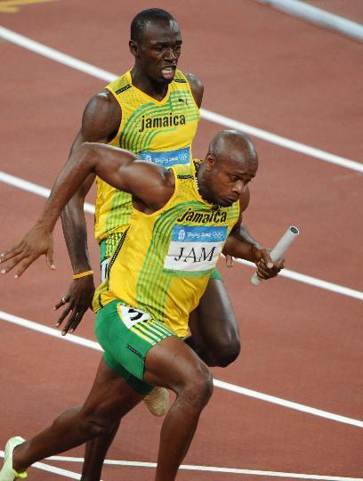 图文-男子4X100米接力牙买加队夺金 精彩接棒瞬间