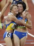图文-田径女子1500米决赛 乌克兰双姝兴奋