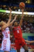 女篮半决赛美国胜俄罗斯