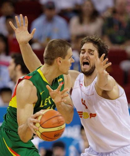 图文-西班牙男篮胜立陶宛进决赛 张开一张大网