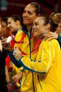 图文-[女篮决赛]美国92-65澳大利亚 得银牌也开心