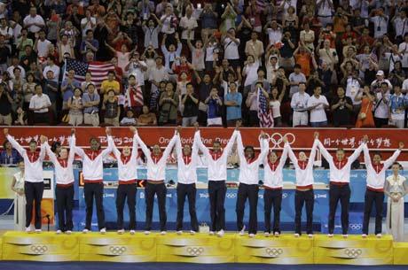 图文-[女篮决赛]美国92-65澳大利亚 联手庆胜利