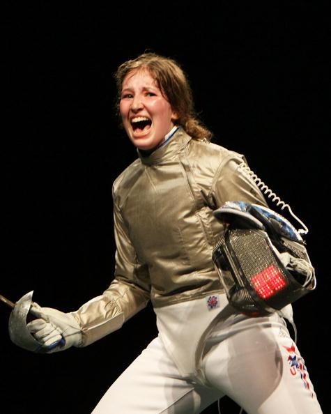 图文-奥运女子佩剑个人赛 贝丽卡获胜后异常激动