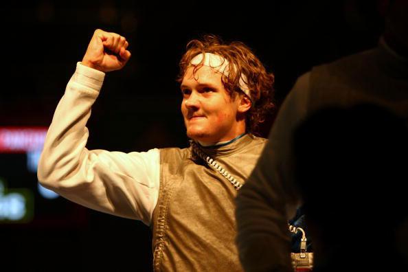 图文-击剑男子花剑个人赛 加拿大马圭尔庆祝