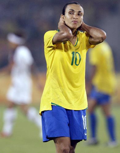 图文-女足美国1-0巴西夺金 玛塔无能为力
