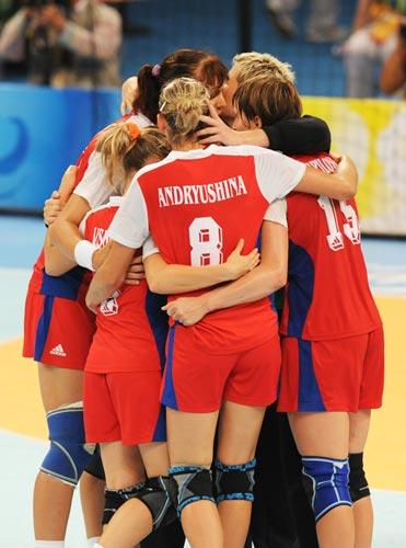 图文-奥运会女子手球半决赛赛况 我们是好样的