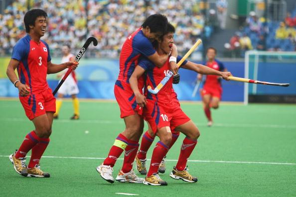 图文-奥运会17日男子曲棍球赛况 最高兴的时刻