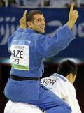 图文-男柔73公斤小将13秒夺金 将失败者压倒