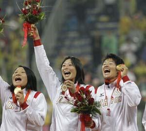 最强投手投球压制美国日本3-1取胜首夺女垒金牌